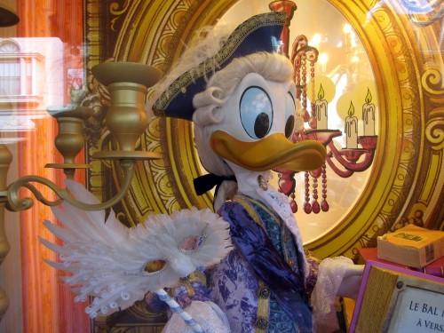 Disneyland donald