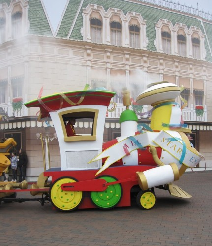Disneyland train nouvelle generation