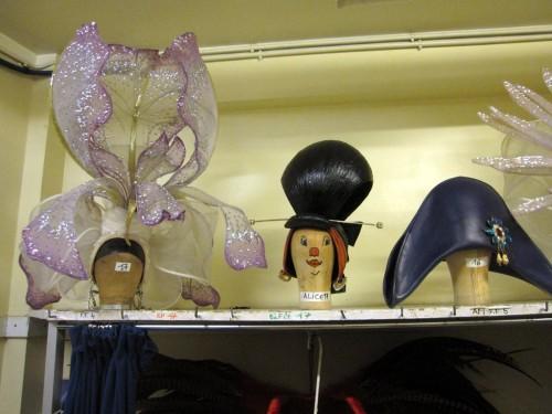 6-Lido-costumes-chapeaux.JPG