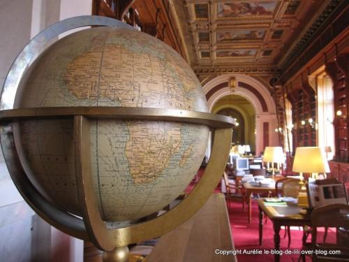 Senat-5-globe-terrestre.jpg