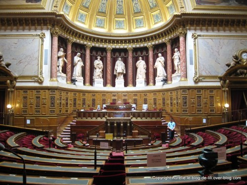 Senat-6-hemicycle.jpg