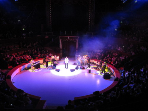 khaled-au-cirque-d-hiver.JPG