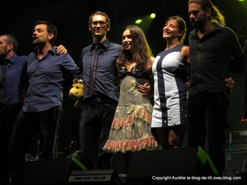 olivia-ruiz-saluts-musiciens.JPG