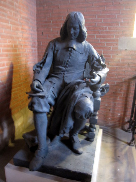 musee-augustins-toulouse-statue-etage.JPG