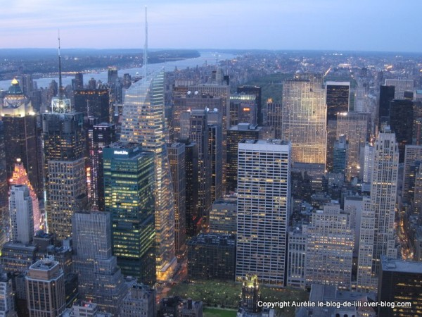 NY Empire state building 17 crepuscule central park