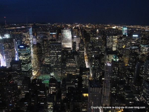 NY Empire state building 24 nuit sur manhattan