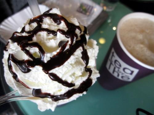 tea-by-the-chantilly-chocolat.JPG