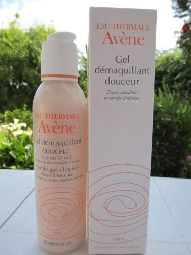 Avene-gel-demaquillant-douceur.JPG