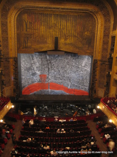 Theatre-Chatelet-Sweeney-todd-2011.JPG