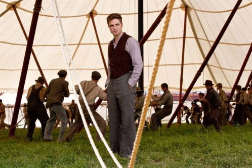 eau-pour-les-elephants-pattinson-tente.jpg