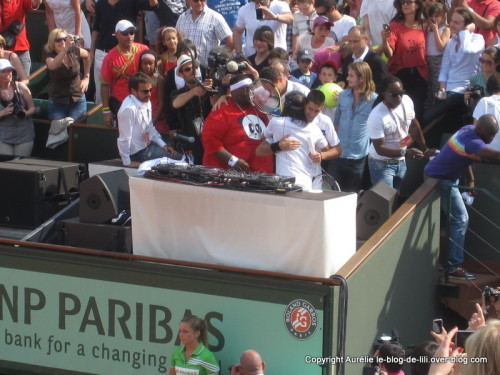journee-enfants-roland-garros-2011-Bob-Sinclar-Djokovic-Big.JPG