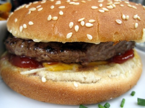 Le cheeseburger de Charly's bun