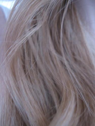 camille-albane-cheveux-lili.JPG