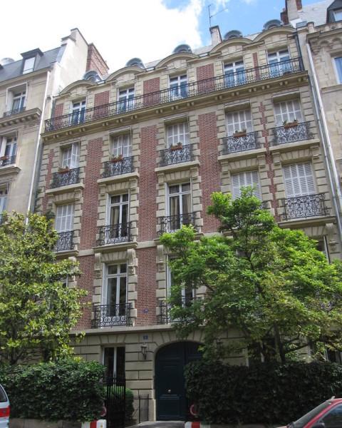 rue Rembrandt Paris 3