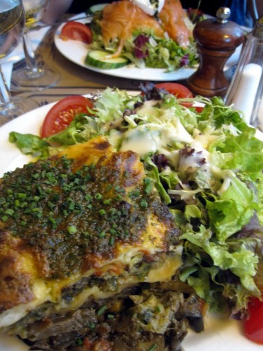 Chez-Prosper-lasagnes-legumes-salade.JPG