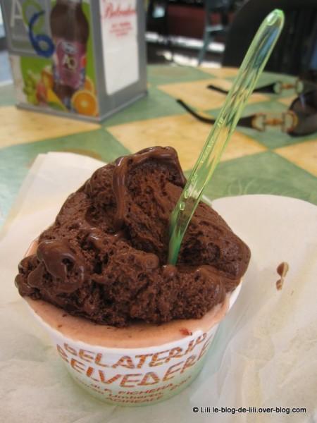 Sicile-Acireale-7-glace-chocolat.JPG