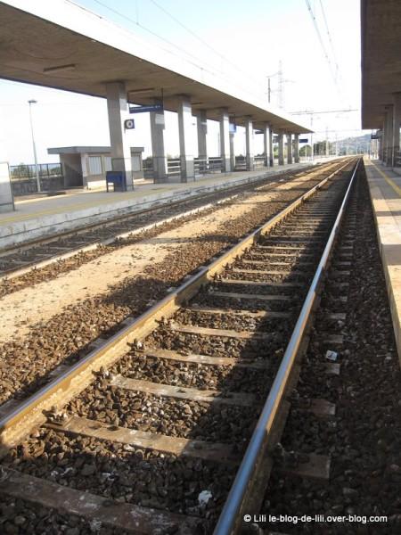Sicile-Acireale-gare-1.JPG