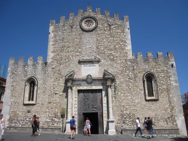 Sicile-Taormine-17-duomo.JPG