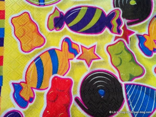 serviettes-table-anniversaire-enfant.JPG