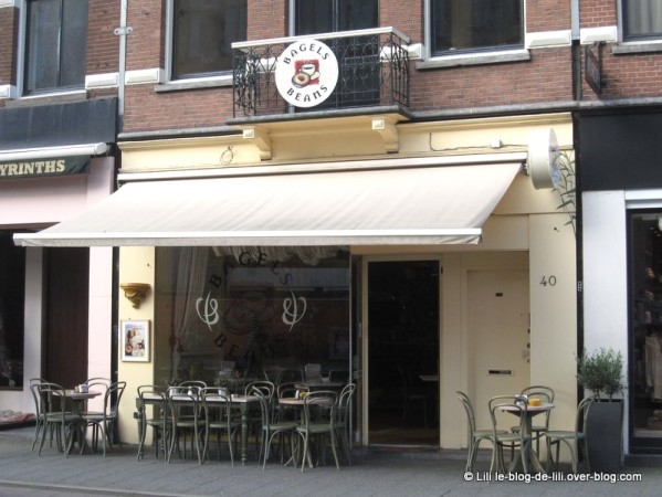 Amsterdam-Bagels-and-beans-quartier-musees.JPG