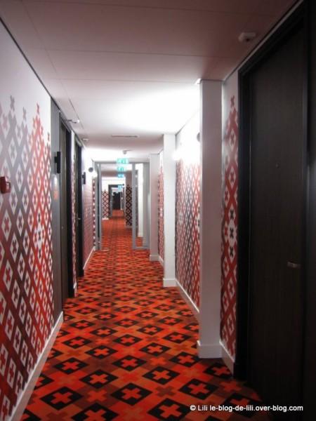 Eden-Manor-Amsterdam-Hotel-4-couloir.JPG