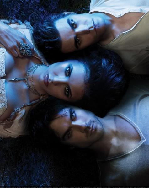 Vampire-diaries-elena-damon-stefan.jpg