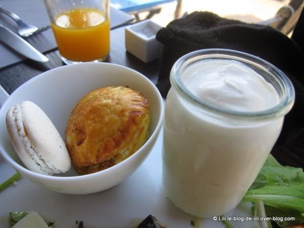 bang-brunch-6-yaourt-gourmandises.JPG