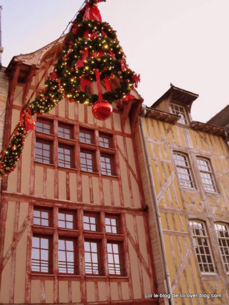 facades-pans-de-bois-troyes.JPG