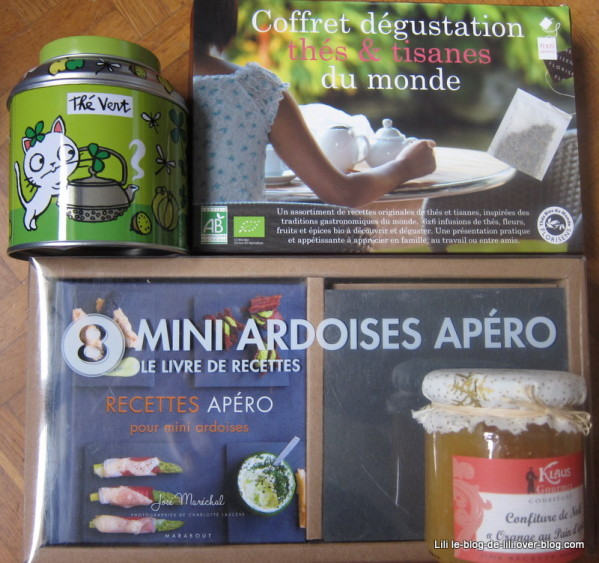 infusions-mini-ardoises-boite-the-derrire-la-porte.JPG