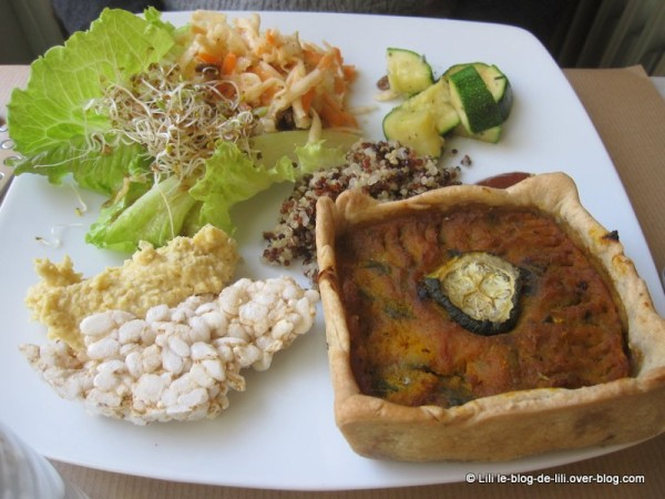 Cafe-Ginger-brunch-tarte-et-salade.JPG