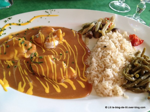 Paimpol-restaurant-du-port-lotte-armorcaine.JPG