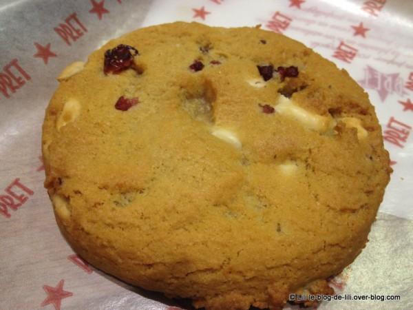 PRET-A-MANGER-marbeuf-cookie.JPG