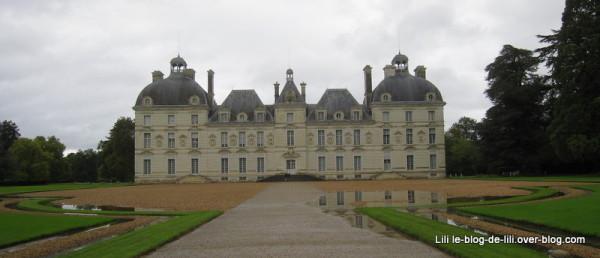 chateau-Cheverny-1.JPG