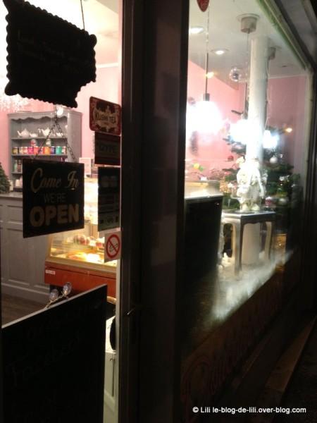Sandy-s-cupcake-8.JPG