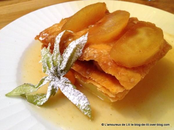 Tantes-Jeanne-mille-feuille-pommes-caramelisees-et-son-parf.JPG