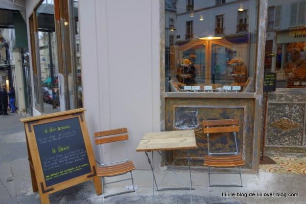Pain-quotidien-rue-Lepic-8.JPG