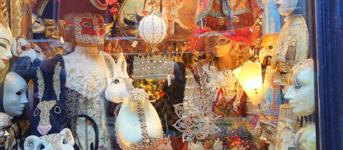 Les vitrines italiennes avant le carnaval de Venise