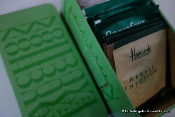 tisanes-d-herbes-Harrods-boite-Fauchon.JPG