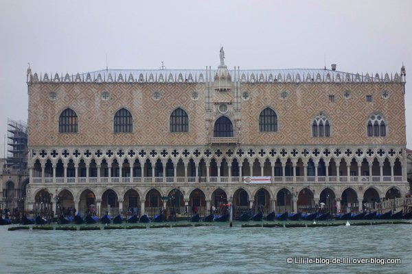 Grand canal Venise 13