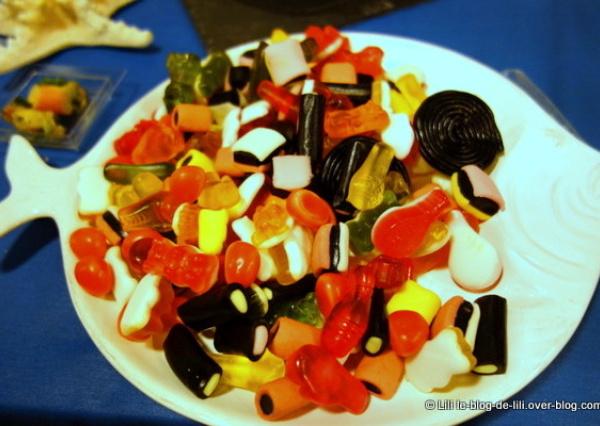 La soirée : des bonbons, des jeux, etc.