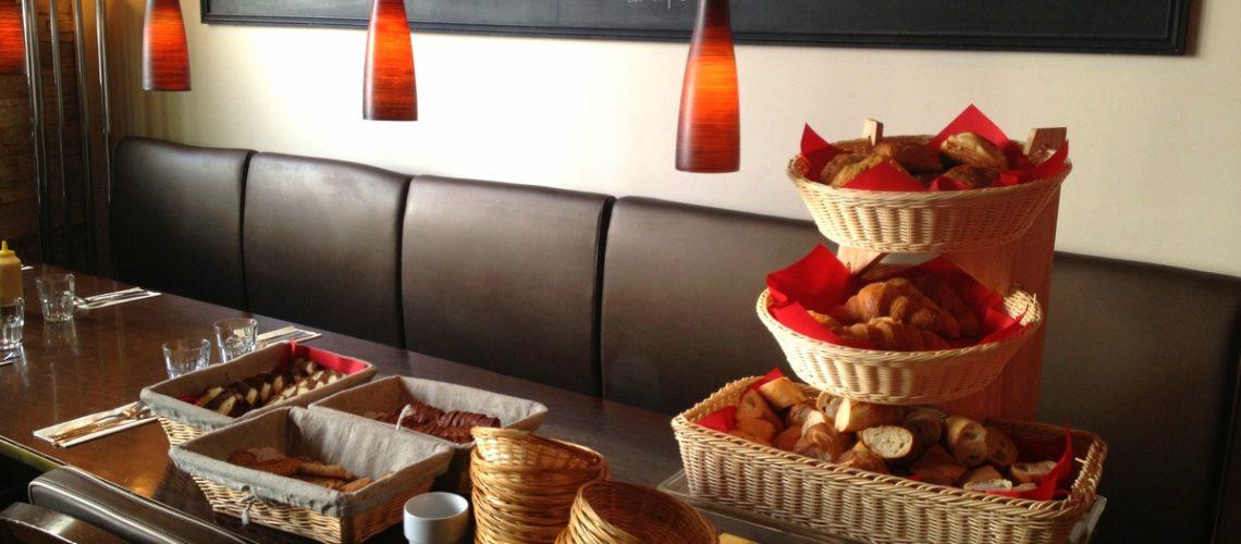 Le café qui parle, une adresse nichée à Montmartre qui propose des brunchs