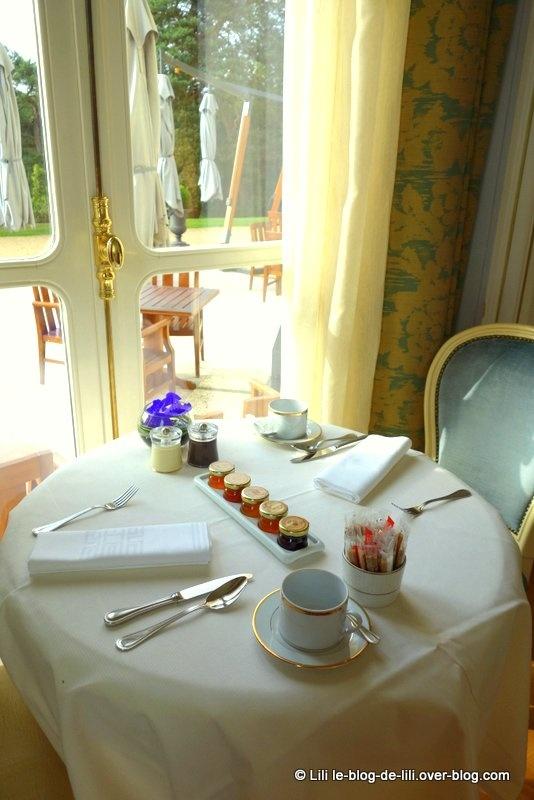 Une nuit de princesse au château hôtel Mont Royal de Chantilly