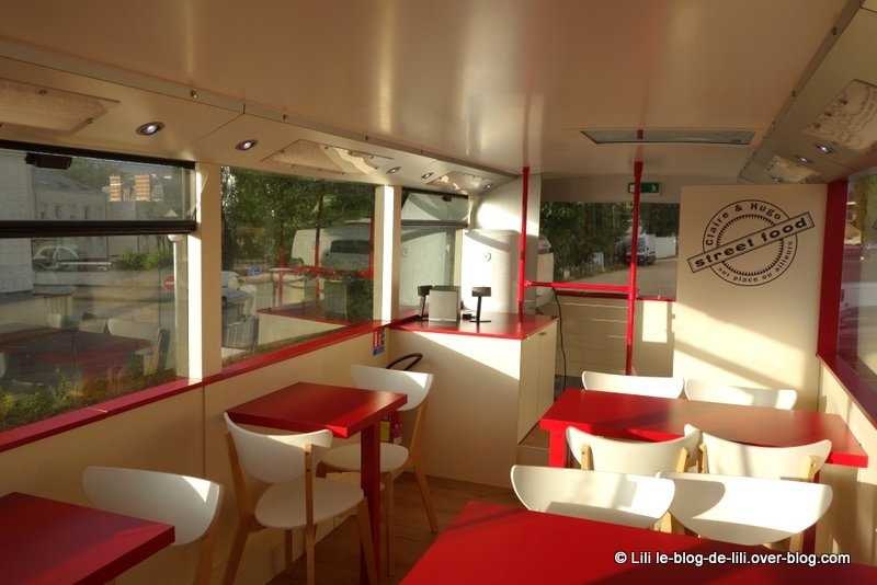 """Le bus """"Claire et Hugo"""" : un foodtruck à Troyes"""