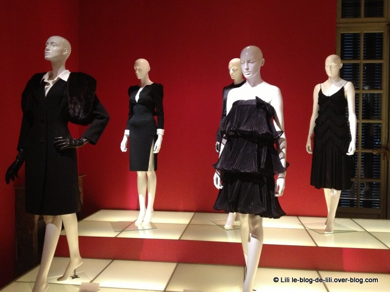 Little black dress : la belle expo du Mona Bismarck American Center