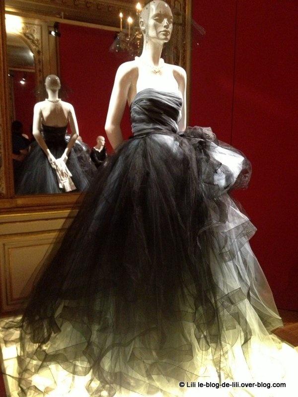 Little black dress : la belle expo du Mona Bismarck American Center