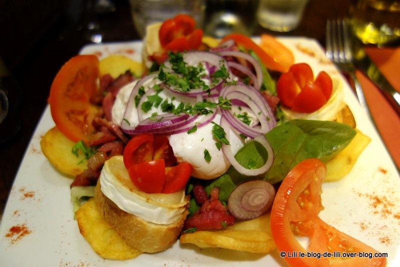 Où manger une salade à Paris : le Nazir, à Montmartre