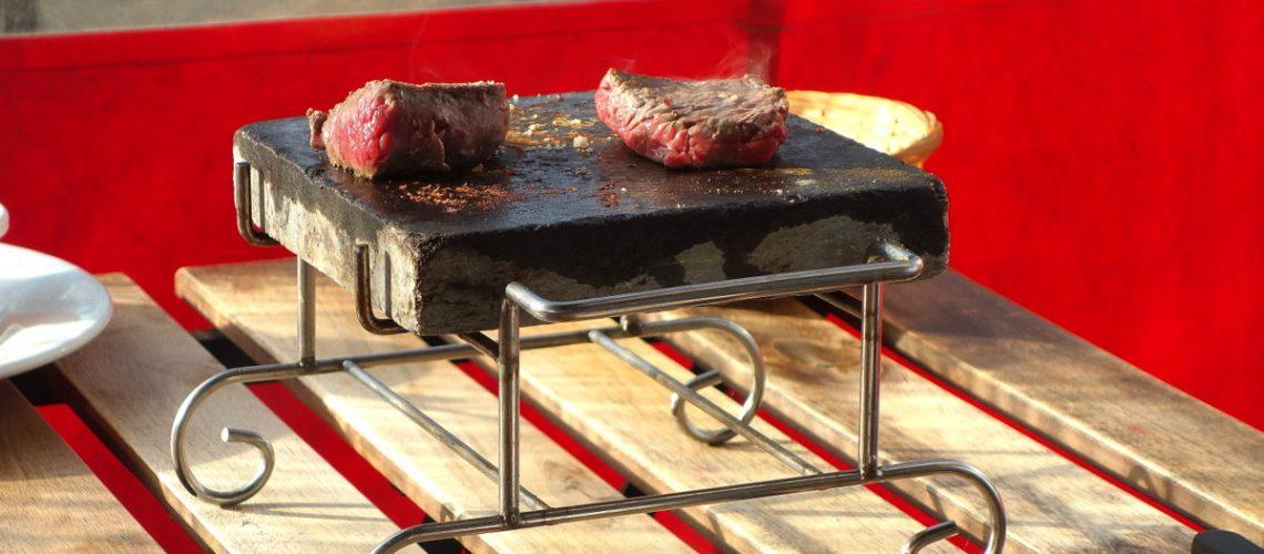 Le Bang propose un brunch pour les amateurs de viande à Paris