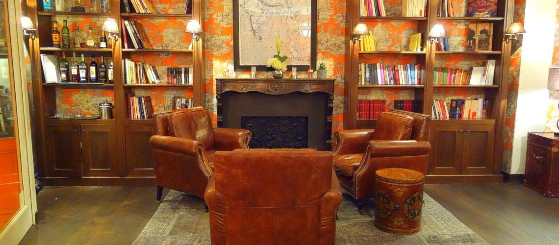 Le lobby de l'hôtel Kipling à Paris