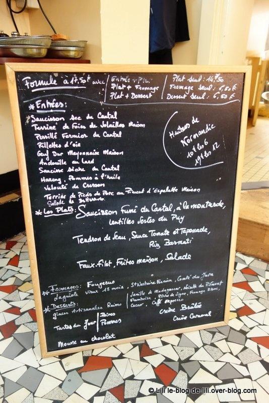 Le Bougainville : déjeuner comme dans une cantine auvergnate