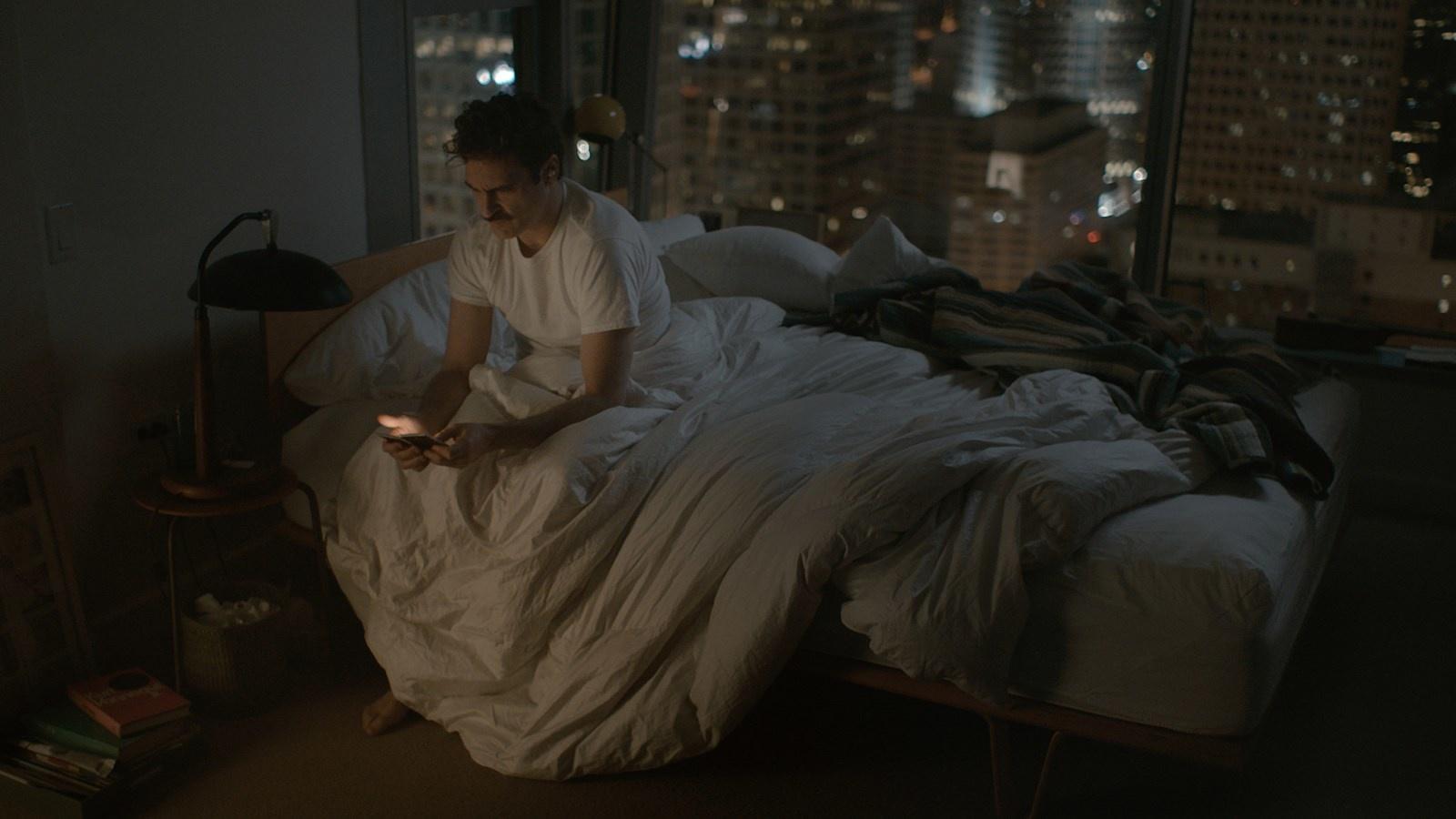 """""""Her"""" : l'histoire d'amour entre un homme et son OS au cinéma"""